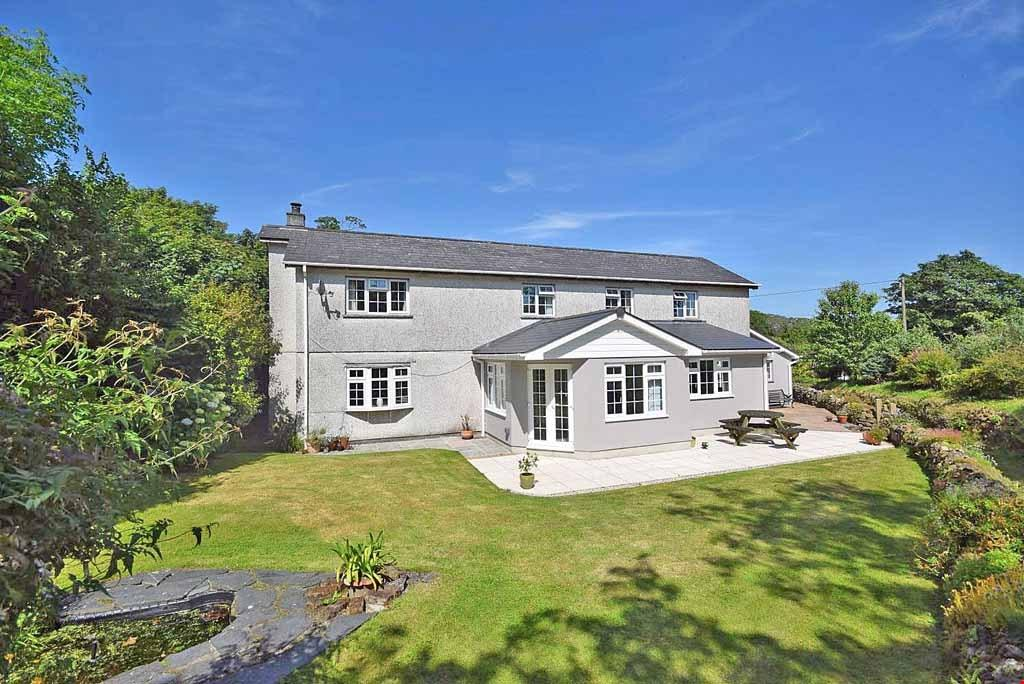 4 Bedrooms Detached House for sale in Lanjeth, St Austell, Cornwall, PL26