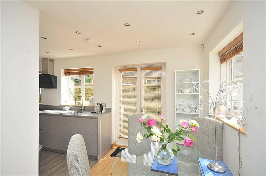 2 Bedrooms Cottage House for sale in Bollin Grove, Prestbury