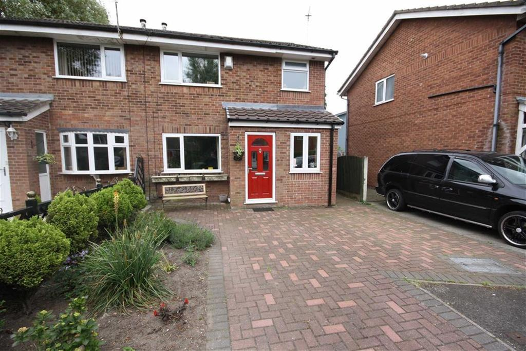 3 Bedrooms Semi Detached House for sale in Aspenwood Drive, Sale