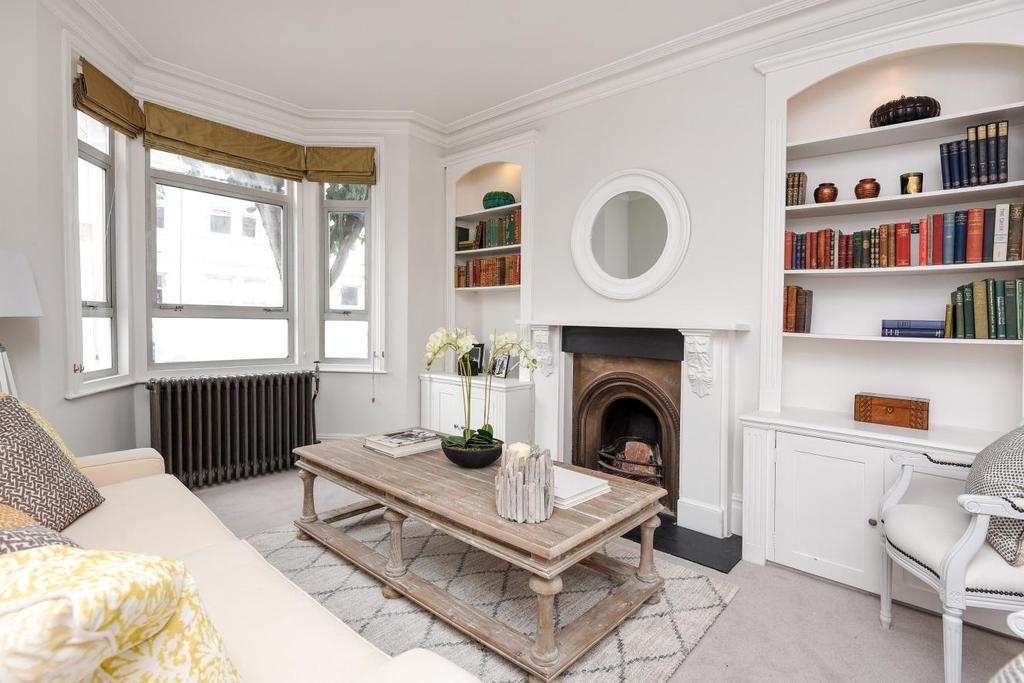4 Bedrooms Terraced House for sale in Farlton Road, Earlsfield, SW18