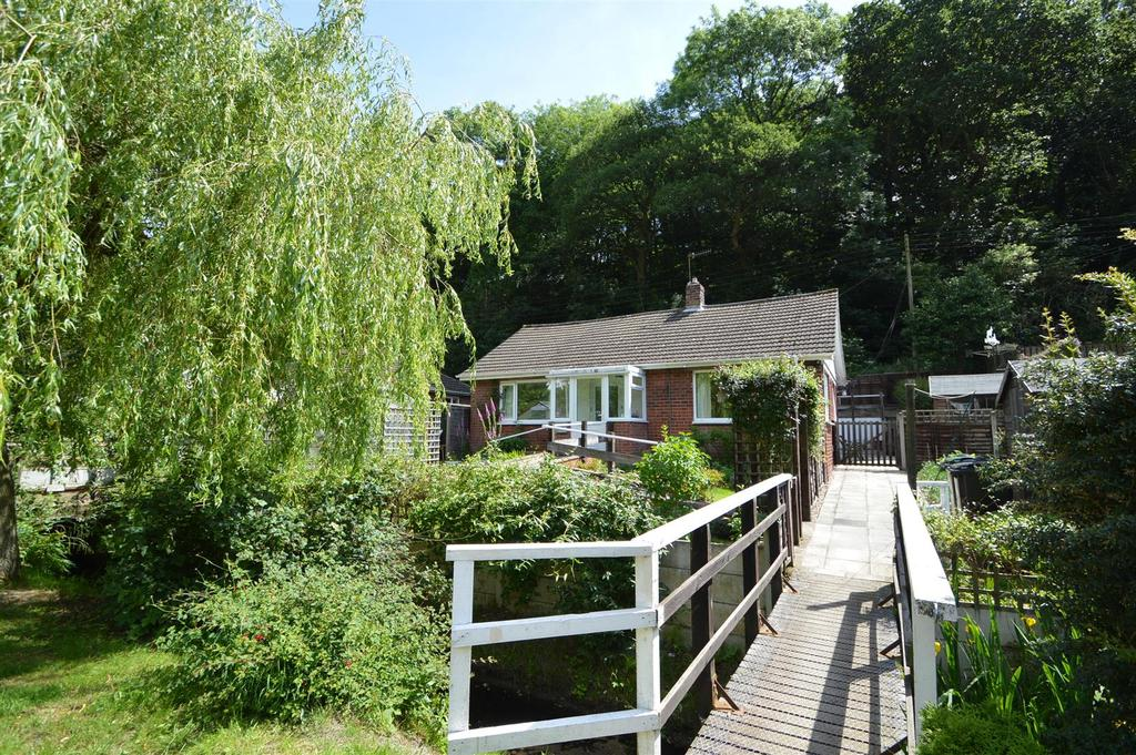 3 Bedrooms Detached Bungalow for sale in Walton Heights, 79 Ludlow Road, Church Stretton SY6 6AD