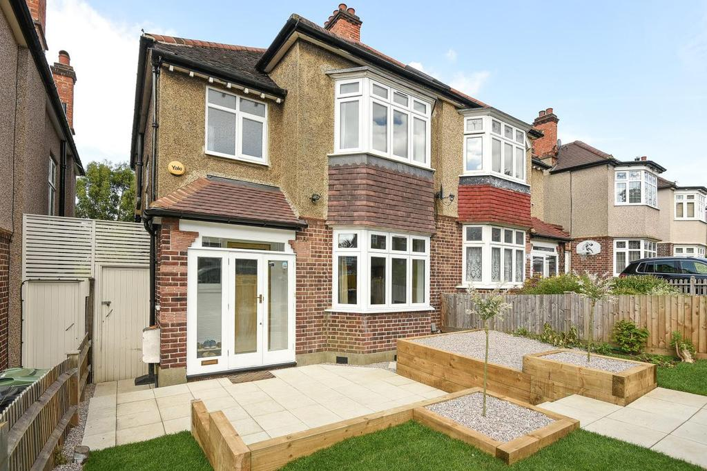 3 Bedrooms Semi Detached House for sale in Roxburgh Road, West Norwood, SE27