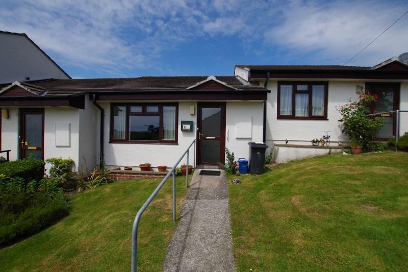 1 Bedroom Retirement Property for sale in Bishops Court, Bishopsteignton, Teignmouth