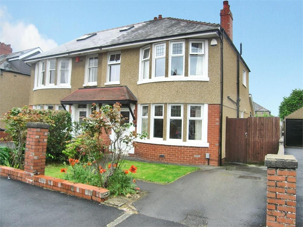 3 Bedrooms Semi Detached House for sale in Cefn Carnau Road, Heath, Cardiff
