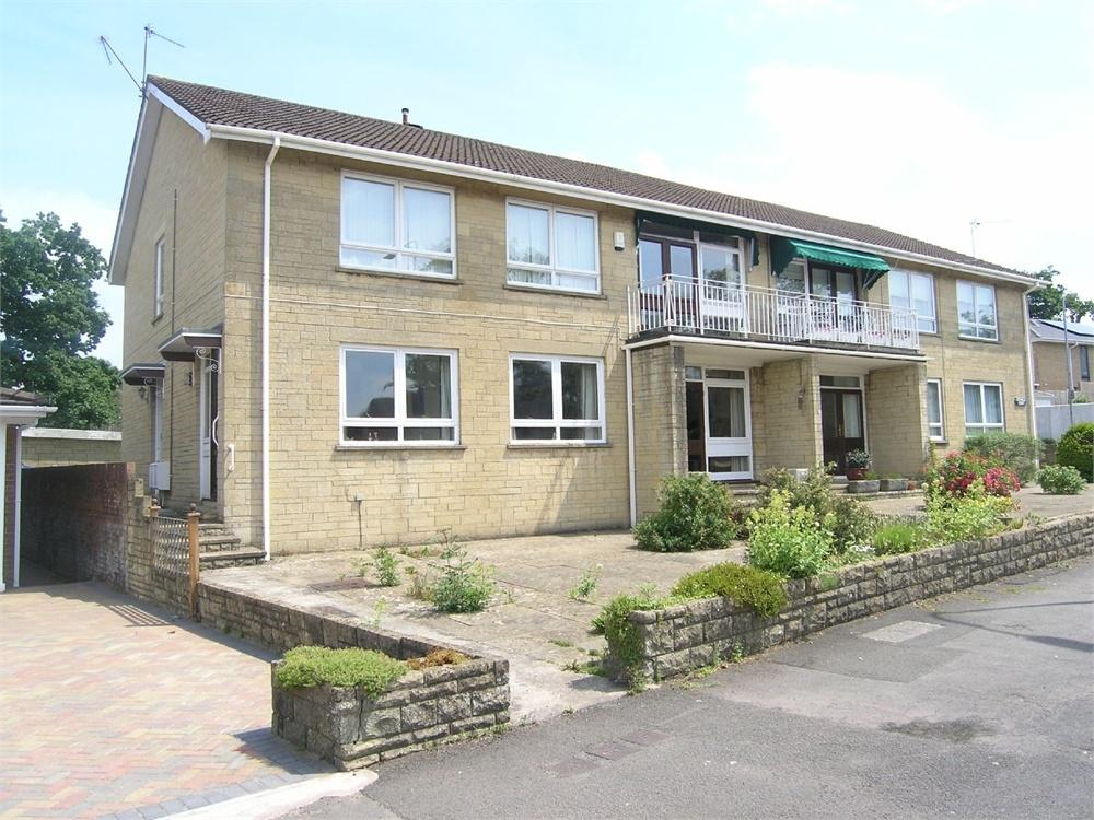 2 Bedrooms Flat for sale in Cotswold Court, Cyncoed Place, Cardiff