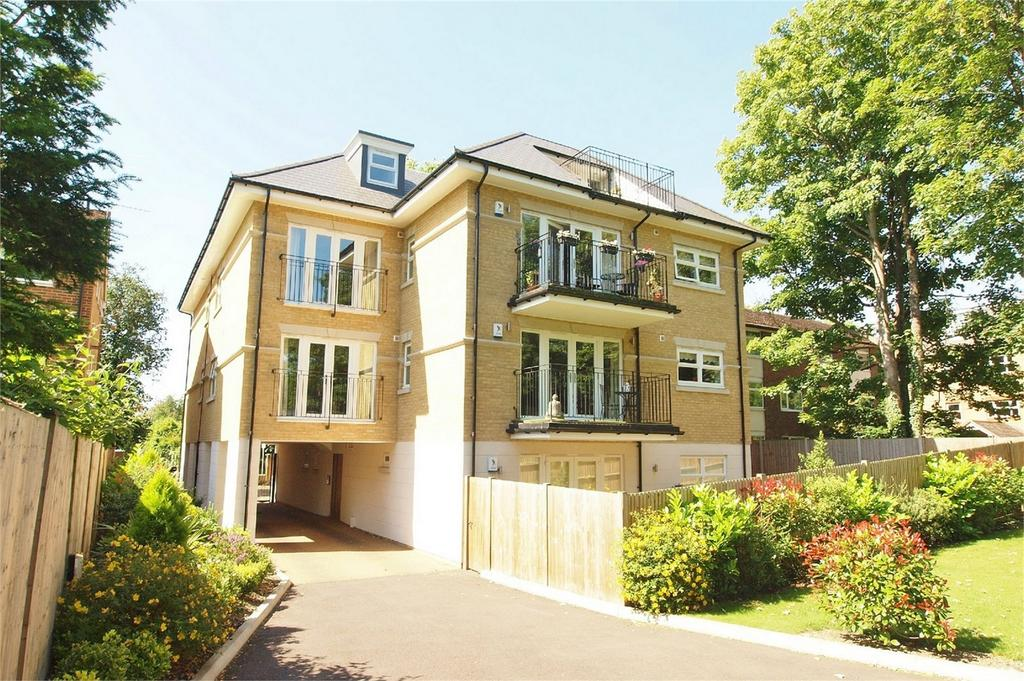 2 Bedrooms Flat for sale in Wickham Noakes Court, 11 The Avenue, Beckenham