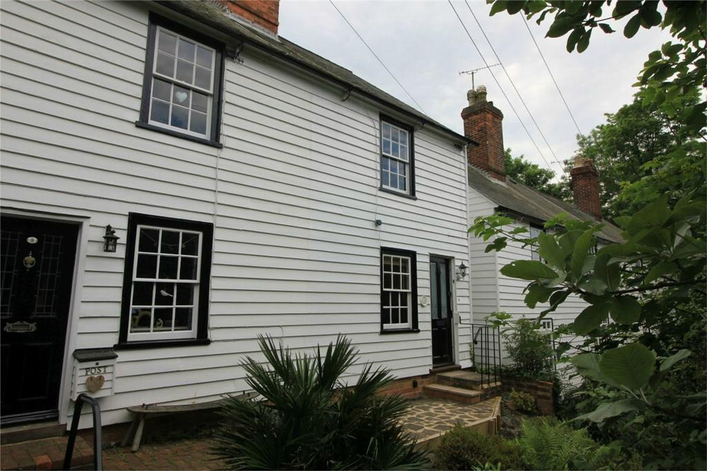 2 Bedrooms Semi Detached House for sale in 6 Western Avenue, BATTLE, East Sussex
