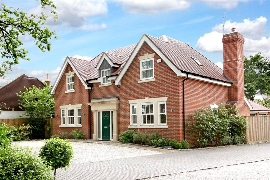 4 Bedrooms Detached House for sale in Upper Village Road, Sunninghill, Ascot, Berkshire, SL5