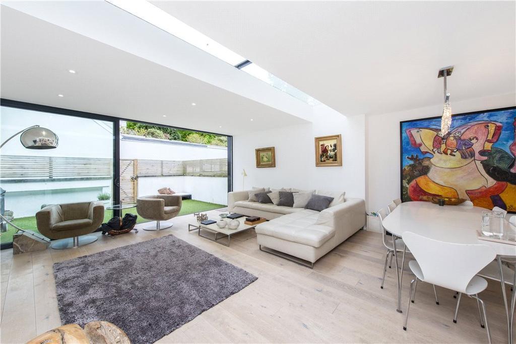 5 Bedrooms Terraced House for sale in Belsize Avenue, Belsize Park, London, NW3