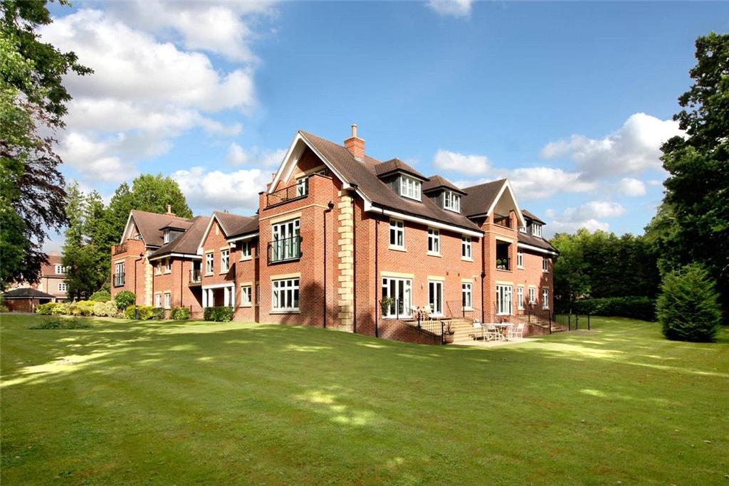 2 Bedrooms Flat for sale in Villiers House, London Road, Sunningdale, Ascot, SL5