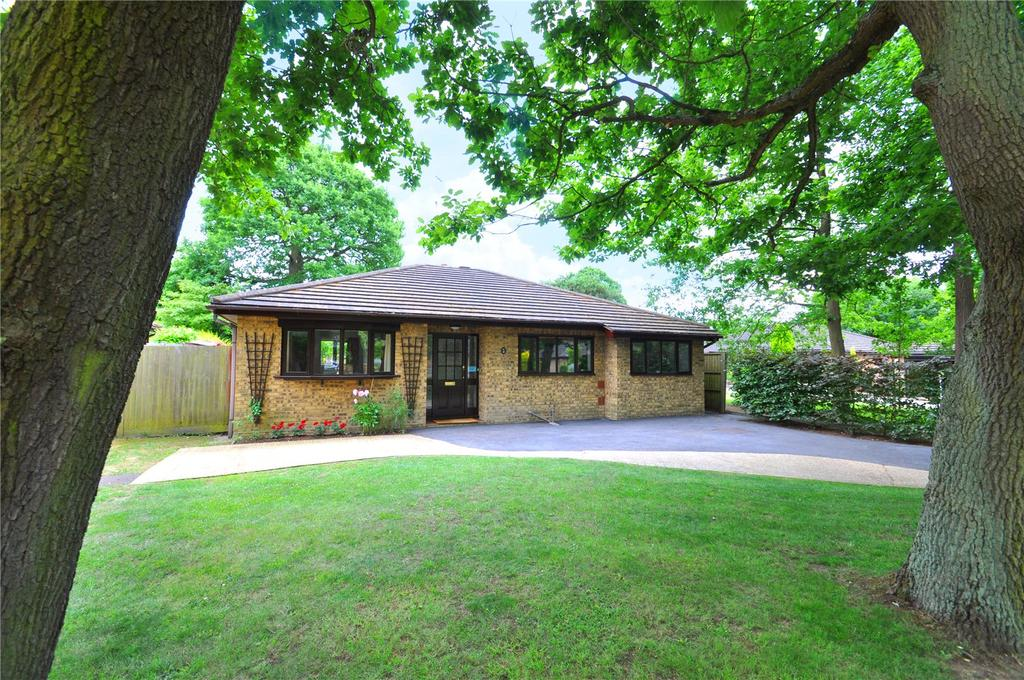 4 Bedrooms Detached Bungalow for sale in Ferndene, Bricket Wood, St. Albans, Hertfordshire