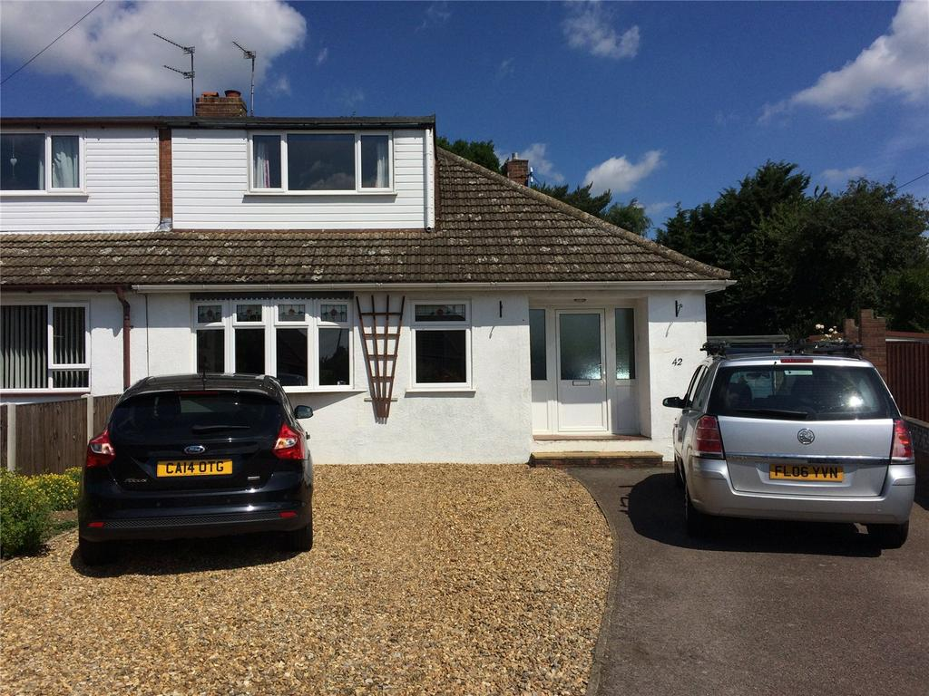 3 Bedrooms Semi Detached House for sale in Neylond Crescent, Hellesdon, Norwich