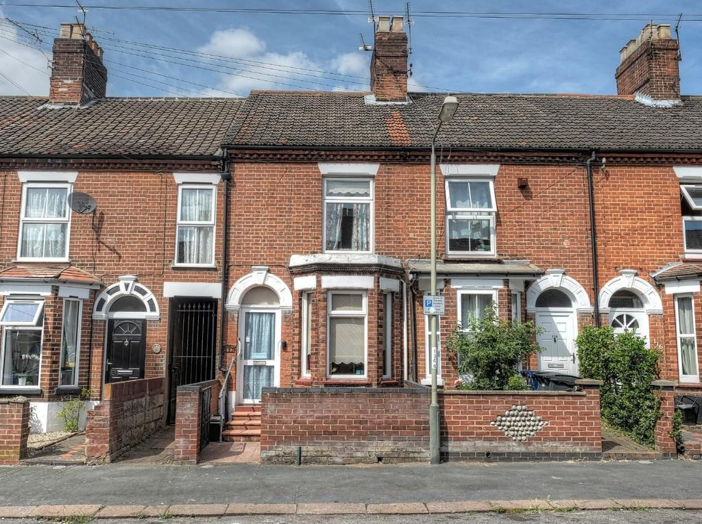 3 Bedrooms Terraced House for sale in Knowsley Road, Norwich