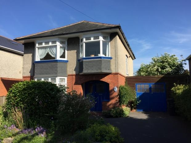 4 Bedrooms Detached House for sale in Southwick Road Boscombe East Bournemouth
