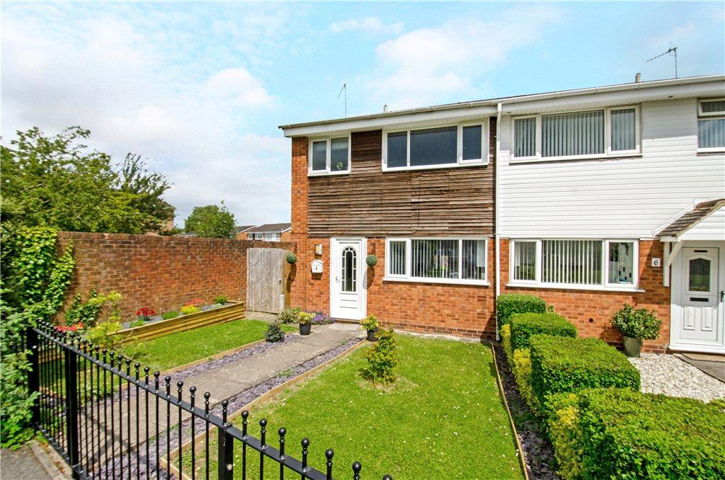 3 Bedrooms Semi Detached House for sale in Hawthorne Walk, Droitwich, Worcestershire, WR9