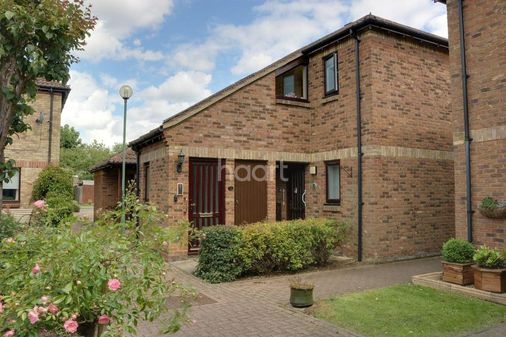 1 Bedroom Flat for sale in Southern Lodge