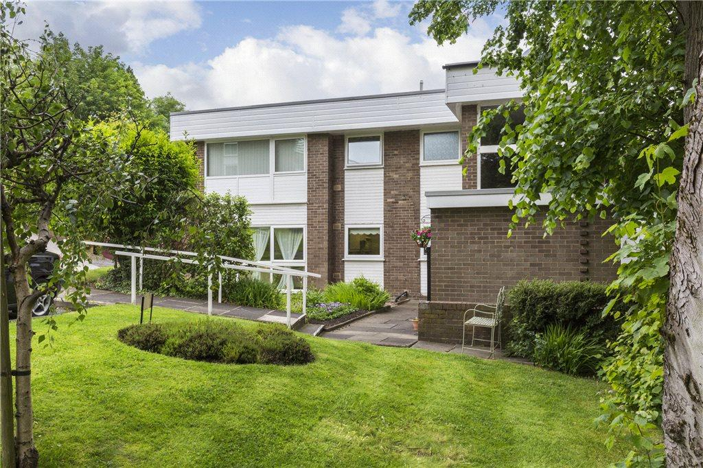 3 Bedrooms Apartment Flat for sale in Sefton Drive, Ilkley, West Yorkshire