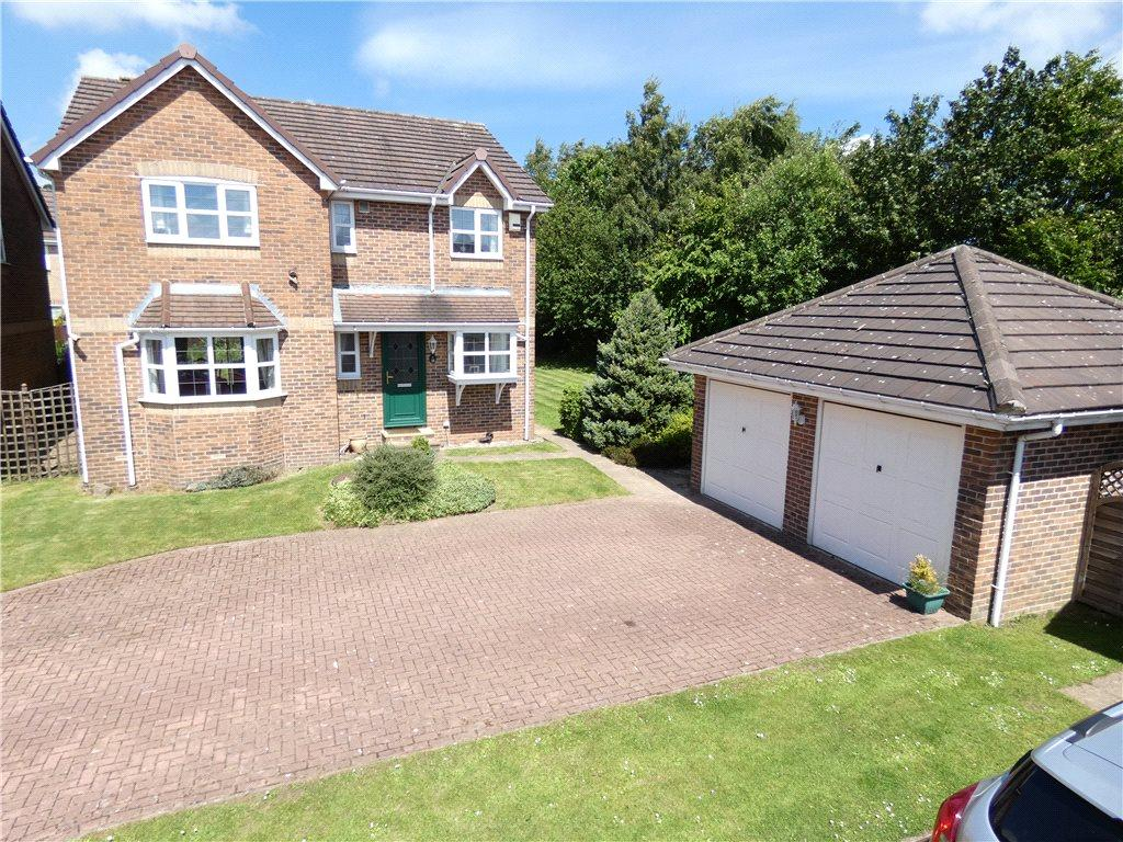 4 Bedrooms Detached House for sale in Oakleigh View, West Lane, Baildon