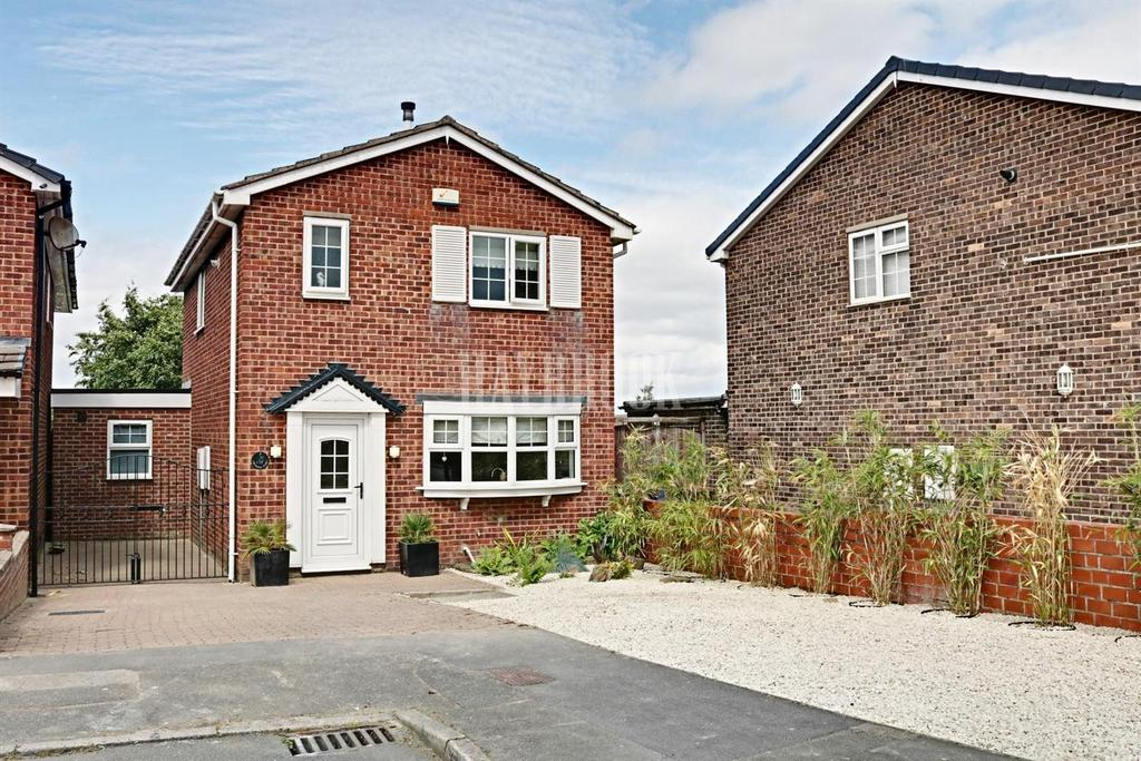 4 Bedrooms Detached House for sale in Berkeley Croft, Royston