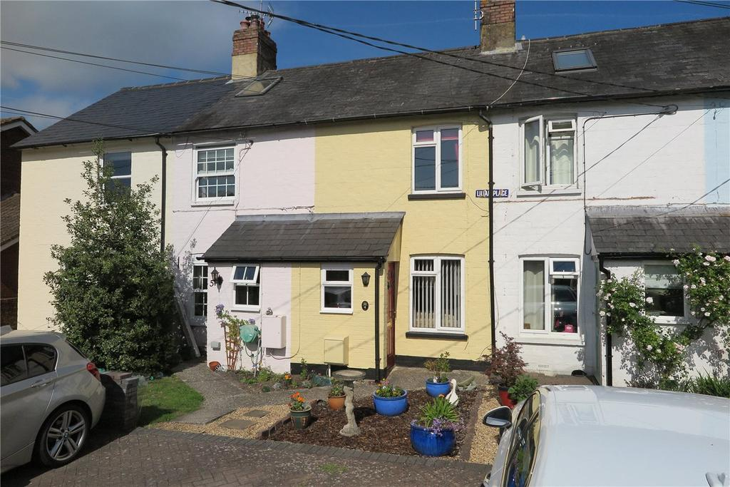 3 Bedrooms Terraced House for sale in Lillian Place, Gosport Road, Lower Farringdon, Hampshire, GU34
