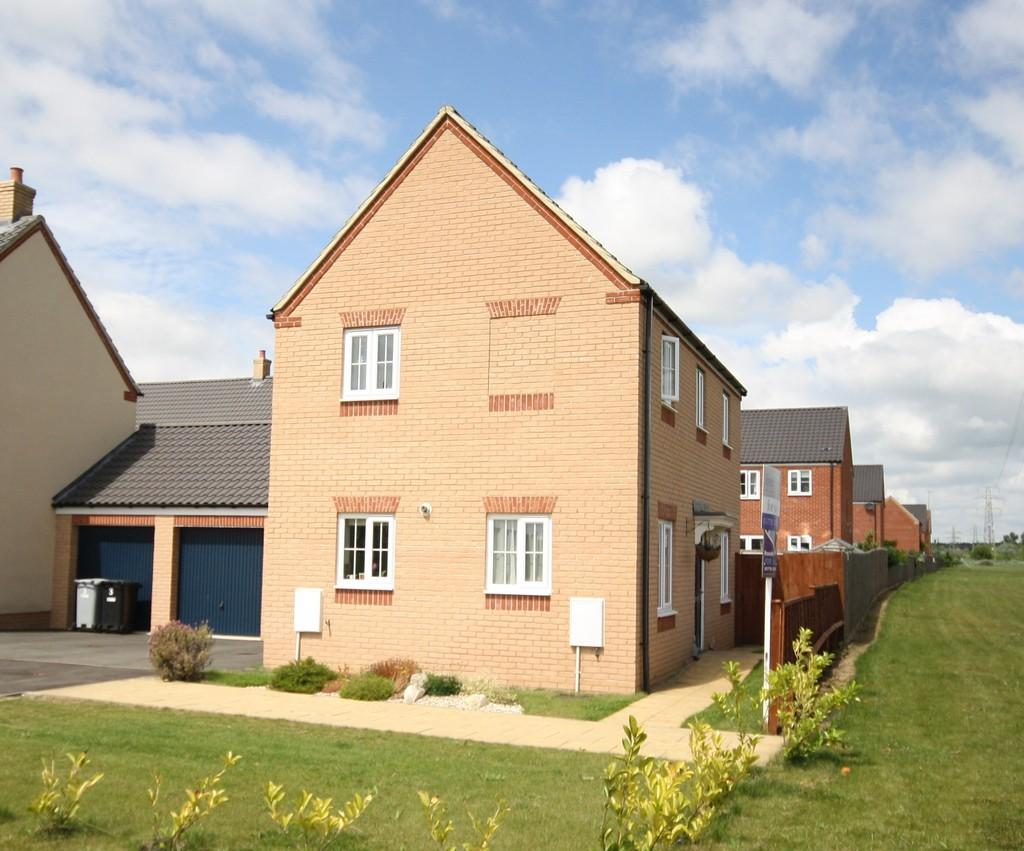 3 Bedrooms Link Detached House for sale in Kempton Road, Bourne
