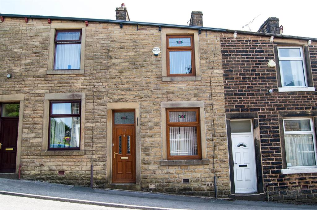 2 Bedrooms Terraced House for sale in Parker Street, Briercliffe, Burnley