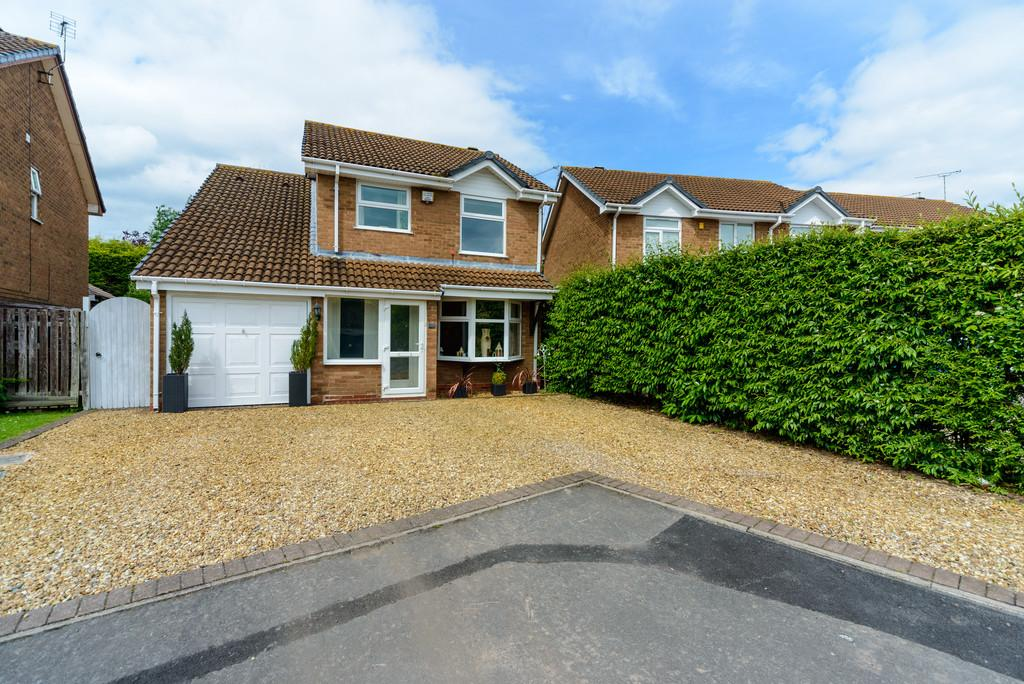 6 Bedrooms Detached House for sale in Foxes Way, Balsall Common