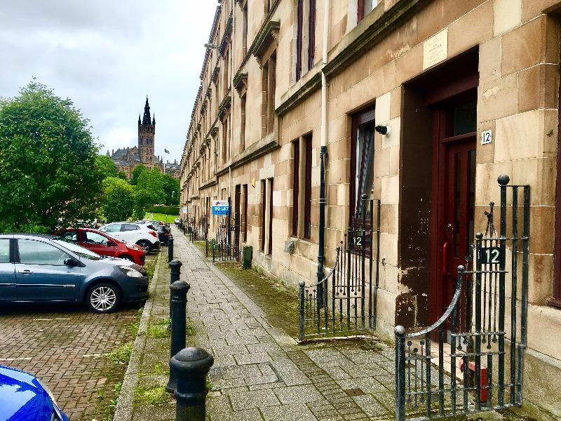 2 Bedrooms Flat for rent in Blantyre Street, Yorkhill, Glasgow