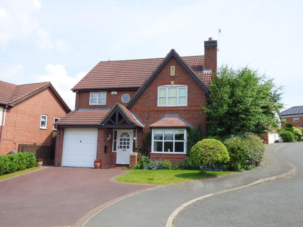 4 Bedrooms Detached House for sale in Buscott Drive, Ashbourne
