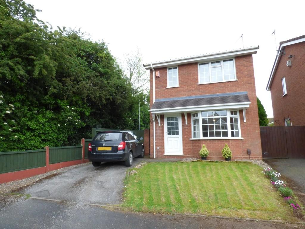 3 Bedrooms Detached House for sale in Claremont Grove, Stafford