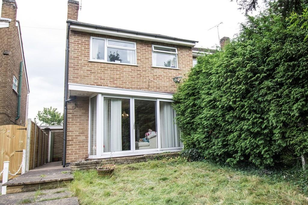2 Bedrooms Semi Detached House for sale in Sunnyside, Oadby