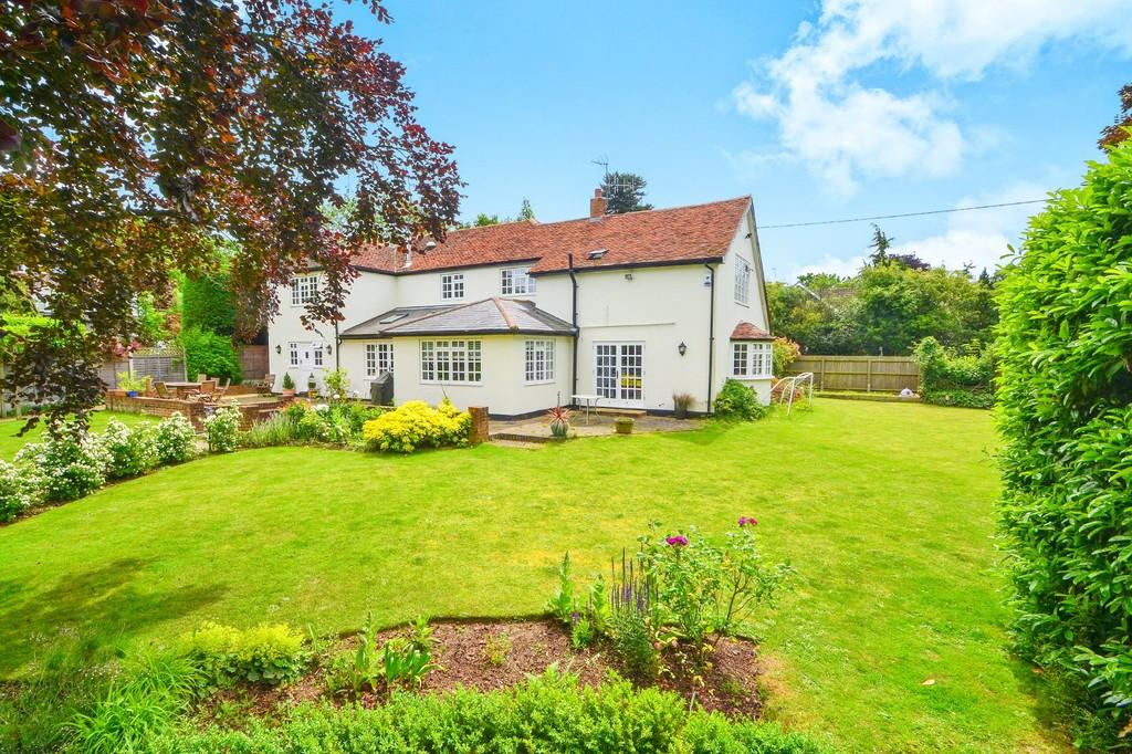 5 Bedrooms Detached House for sale in Beacon Hill, Wickham Bishops