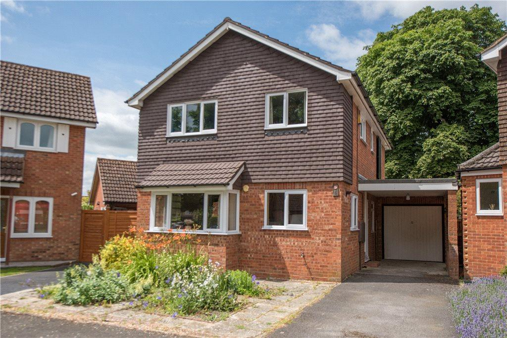 4 Bedrooms Detached House for sale in Little Park, Princes Risborough, Buckinghamshire