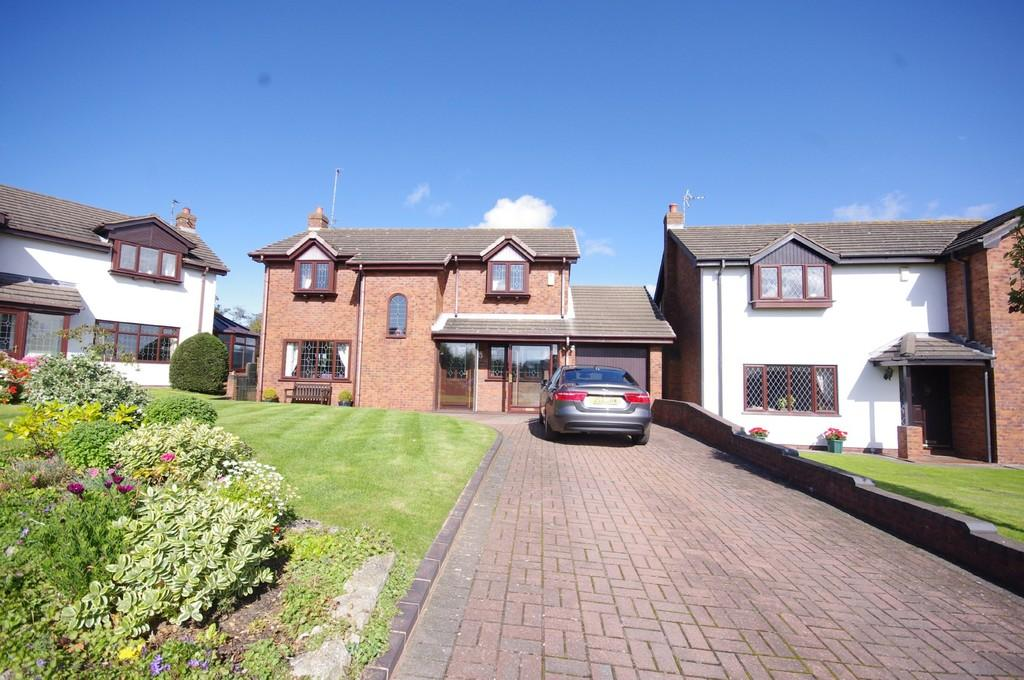 4 Bedrooms Detached House for sale in Parc Offa, Trelawnyd