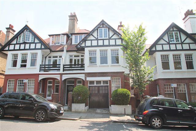 2 Bedrooms Flat for sale in York Avenue, Hove