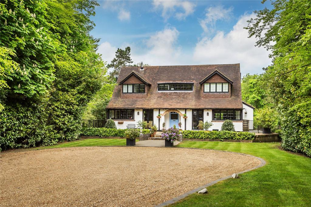 5 Bedrooms Detached House for sale in The Ridge, Woldingham, Caterham, Surrey, CR3