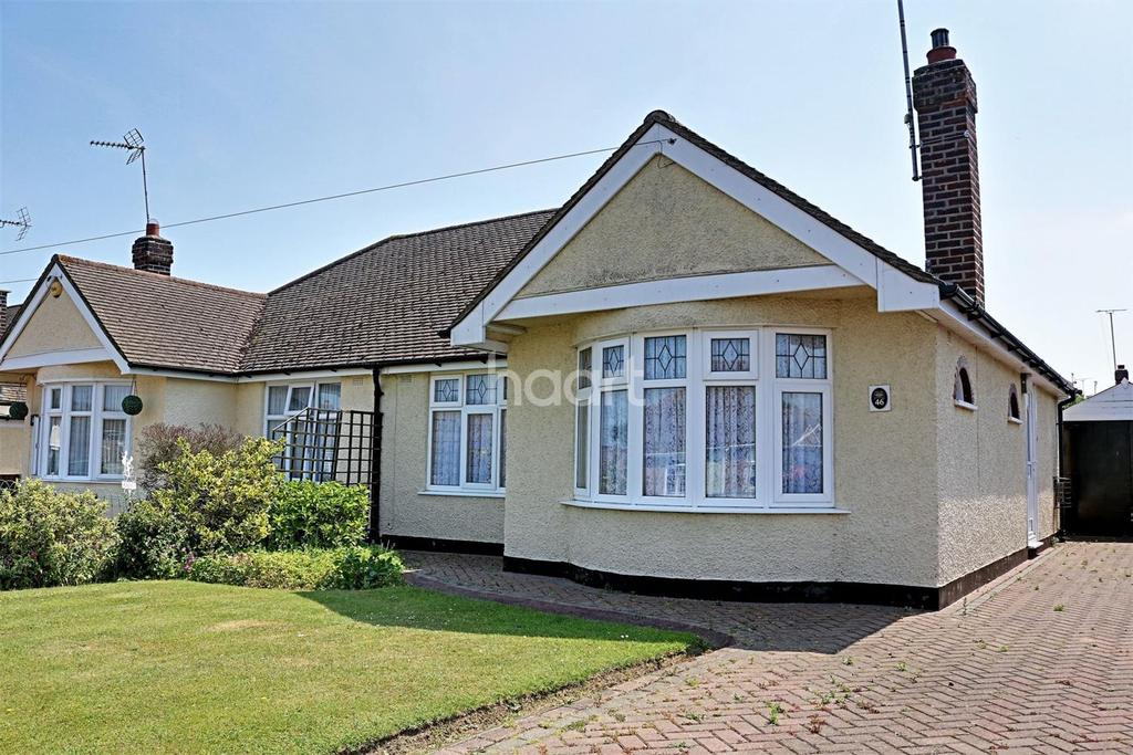 2 Bedrooms Bungalow for sale in Hockley