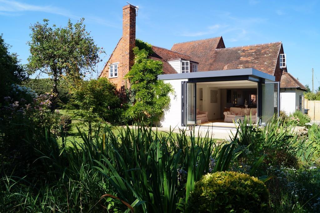 4 Bedrooms Detached House for sale in Admington, Admington