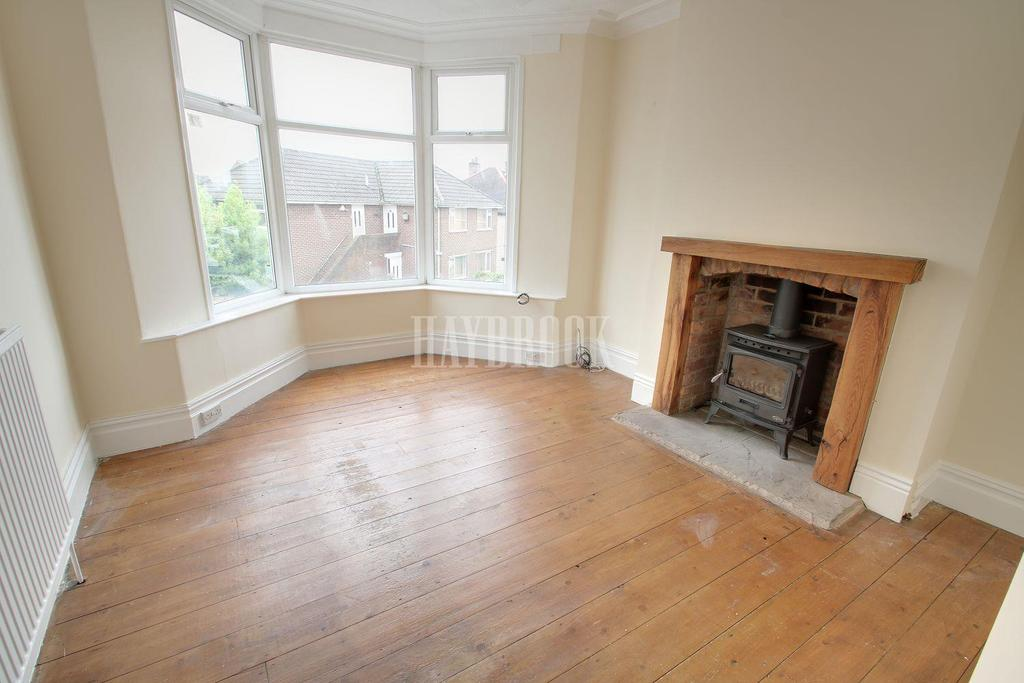 3 Bedrooms Terraced House for sale in Ingram Road, Norfolk Park, S2
