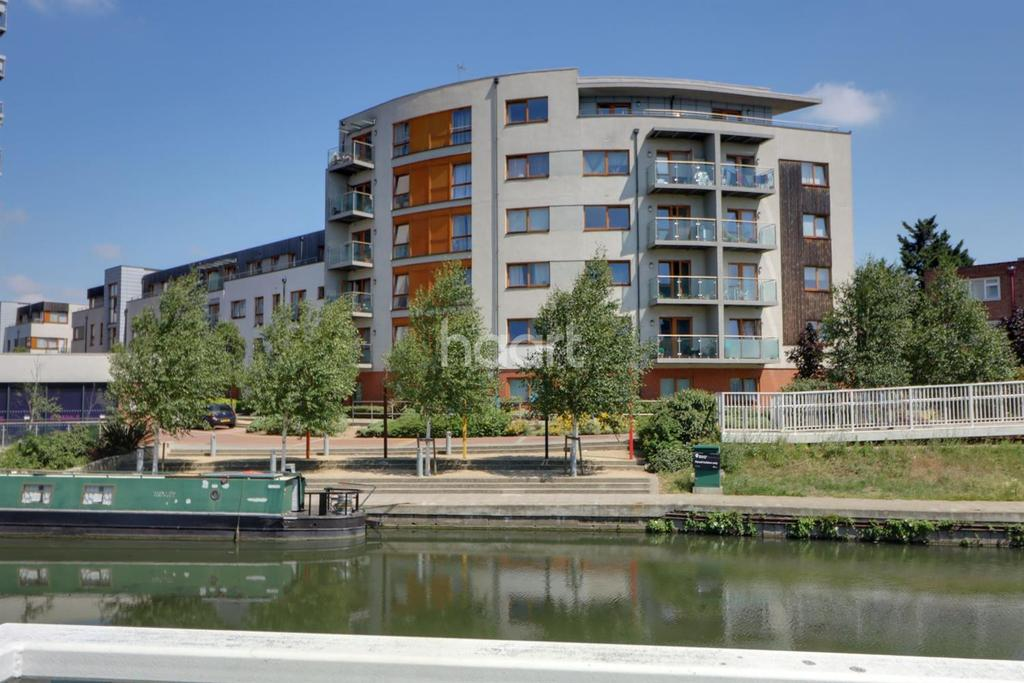2 Bedrooms Flat for sale in Holinger Court, Alperton