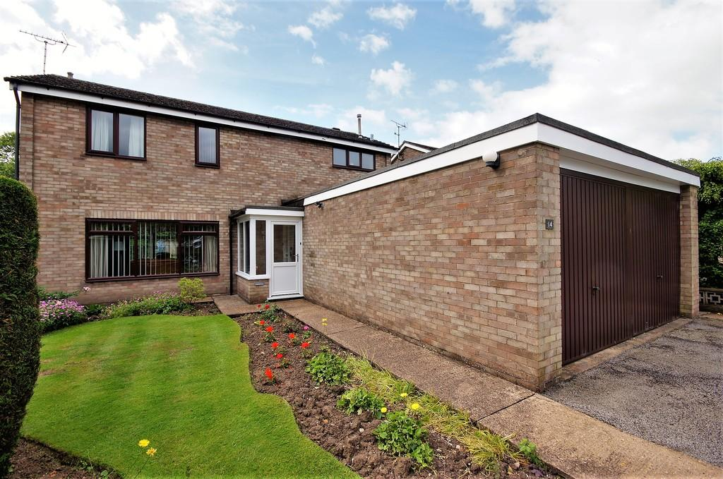 3 Bedrooms Detached House for sale in Thonock Close, Lincoln