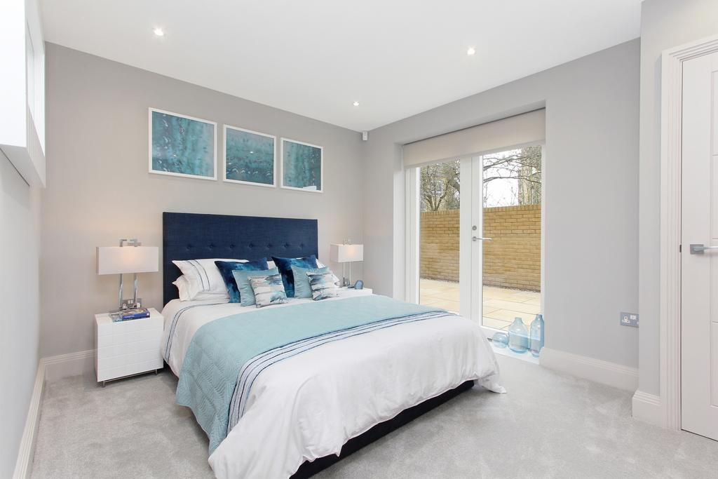 2 Bedrooms Flat for sale in Crystal Palace Parade London SE19