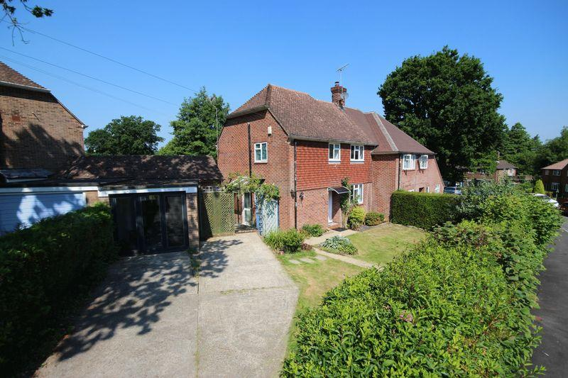 3 Bedrooms Semi Detached House for sale in Penn Crescent, Haywards Heath
