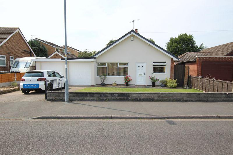 3 Bedrooms Bungalow for sale in Bridle Way, Great Sutton