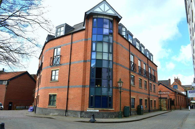 2 Bedrooms Apartment Flat for sale in Swan Street, Lincoln