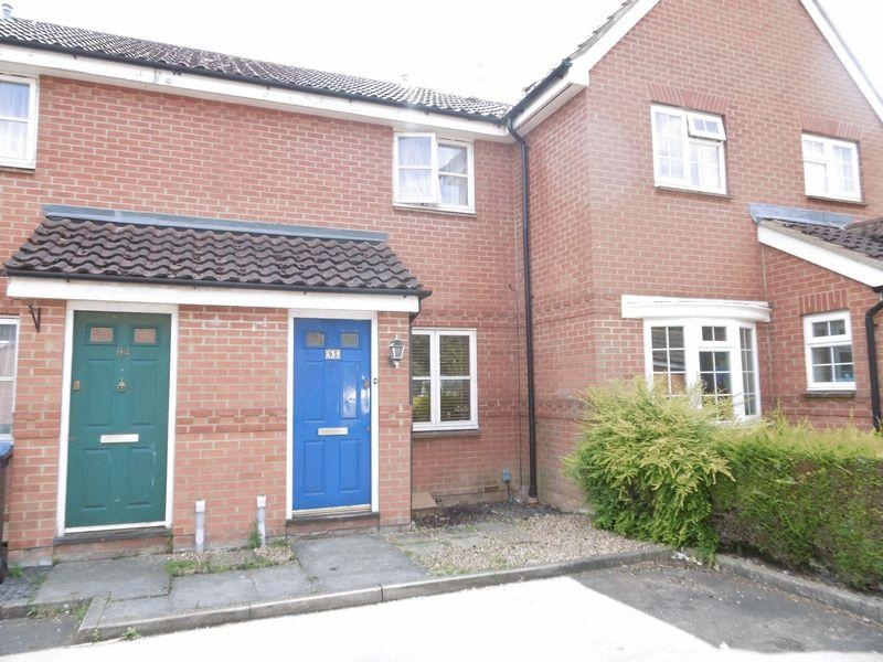 2 Bedrooms Terraced House for sale in Bentley Drive, Harlow