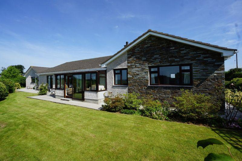 4 Bedrooms Detached Bungalow for sale in Stourscombe, Launceston