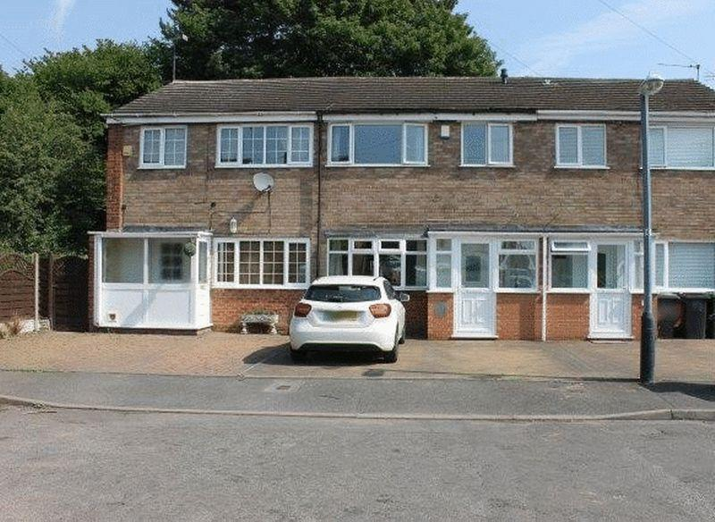 3 Bedrooms Terraced House for sale in Hilton Avenue, Nuneaton