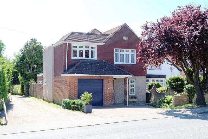 4 Bedrooms Detached House for sale in Birchwood Road, Wilmington
