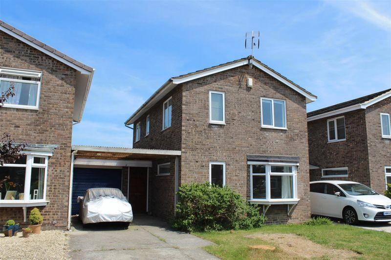 3 Bedrooms Link Detached House for sale in Mulberry Close, Weston-Super-Mare